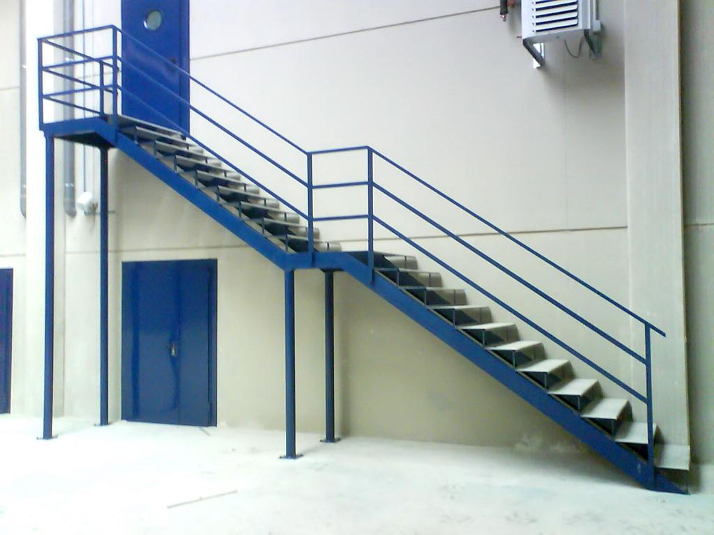Escaleras Y Pasarelas Talleres Armis N Taller De